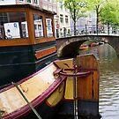 Canal scene, Amsterdam. by naranzaria