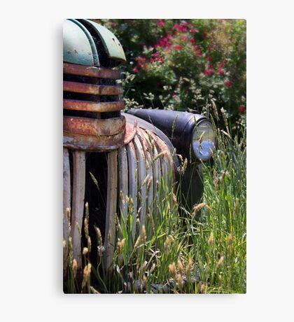 1946 Chevrolet - Rust & Ruins Canvas Print