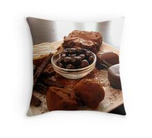 grand dessert Throw Pillow