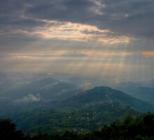 Rays over the Hills by Gethin