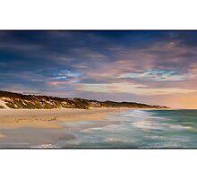 Mindarie Beach by Kirk  Hille
