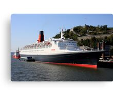 Queen Elizabeth 2 Canvas Print