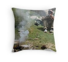 chai stop. ladakh, north western india Throw Pillow