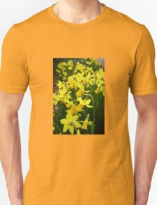 """A Host Of Golden Daffodils"" T-Shirt"