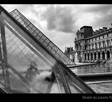 Musée du Louvre, Paris by Daniel Escondrillas Moreno