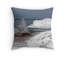 Lake Ontario Ice 2 Throw Pillow