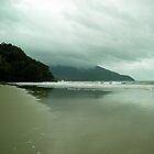 Noah's Beach by V1mage