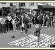 Break Dance  -  Bogota - Colombia by danielgomez