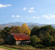 WNC Mountain Barn by SamClarkPhoto