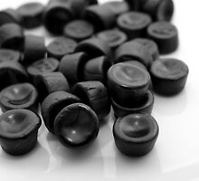 Black Pastilles by Arve Bettum