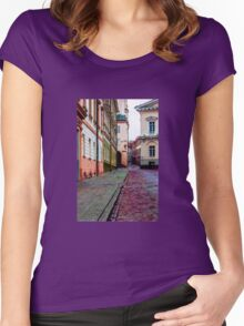 Cozy Old Town Women's Fitted Scoop T-Shirt
