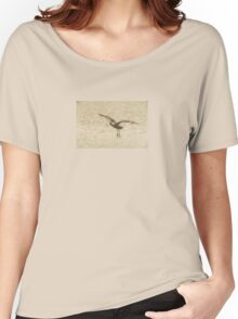 Glossy ibis flying dynamics  Women's Relaxed Fit T-Shirt