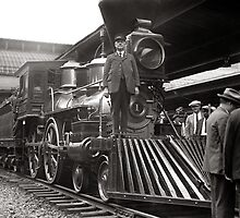 Steam Train at Station, 1923 by historyphoto