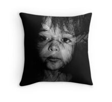 Vegetal face Throw Pillow