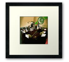 The Magnetron Starfleet Reveals the dOvemaster's Home World to the Pakistani Starfleet Framed Print