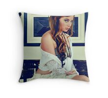 Queen Of Bohemia Throw Pillow