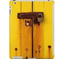 Rusty latch on beach box iPad Case/Skin