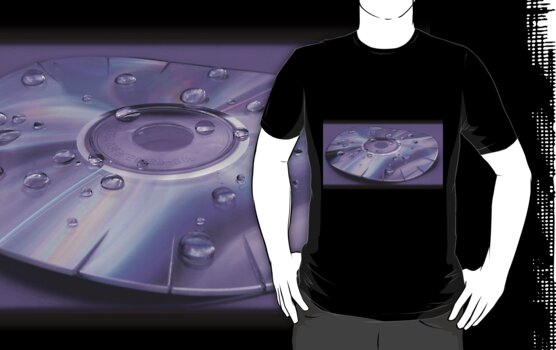 Distorted Disc T-shirt by shane22