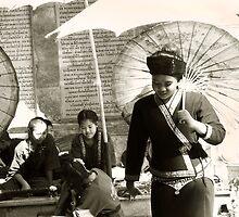 Temple dancers by bbtomas