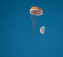 Expedition 42 Returns to Earth by wrstscrnnm6