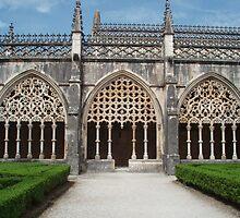 Mosteiro da Batalha, Claustro Real by presbi