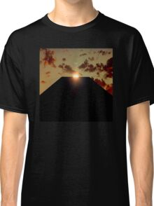 2001: A Space Odyssey - Earth Monolith Classic T-Shirt