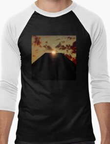 2001: A Space Odyssey - Earth Monolith Men's Baseball ¾ T-Shirt
