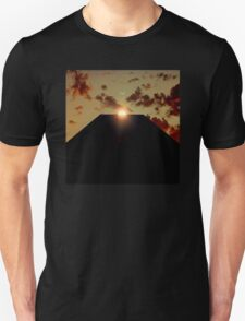 2001: A Space Odyssey - Earth Monolith T-Shirt