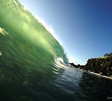 Emerald Curl by stephen walters