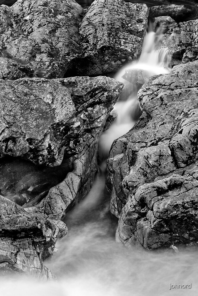 Randolph's Leap Waterfall 1 by johnord