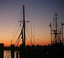 Menemsha Days' End by phil decocco