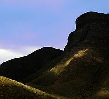 Bluff Knoll by Brian Rope