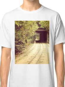 Tunnel & track Classic T-Shirt