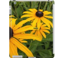 Green insect on yellow flower iPad Case/Skin