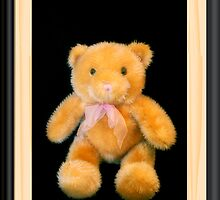 Huggy Bear by Donna Adamski