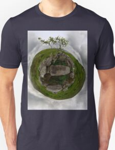Tomb: Croaghbeg Court Tomb, Shalwy Valley, Donegal Unisex T-Shirt