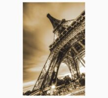 Eiffel Tower 8 Kids Clothes