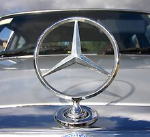 Mercedes Benz by fotosports