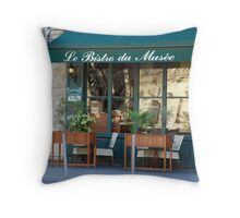 Le Bistro du Musee Throw Pillow