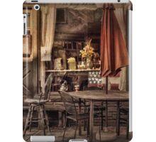 Sidewalk Cafe iPad Case/Skin