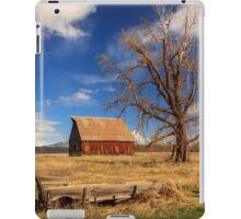 Old Barn And Wagon iPad Case/Skin