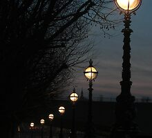 London Pearls by George Parapadakis (monocotylidono)