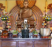 Offerings for Buddha by bfokke