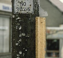 Sign on pole in Ballybunion, Ireland.  by Peter Stephenson
