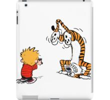 Calvin and Hobbes take a picture iPad Case/Skin