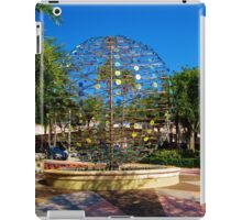THIS IS SCULPTURE? iPad Case/Skin