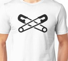 Crossed safety pins Unisex T-Shirt