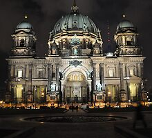 Berliner Dom bei Nacht by metronomad