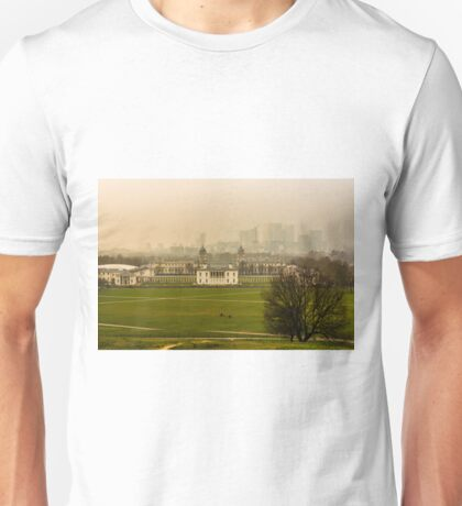 A Winter Afternoon at Greenwich - View of Queen's House and Canary Warf, England Unisex T-Shirt