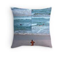 Fairhaven SLSC Surf Carnival (14) Throw Pillow